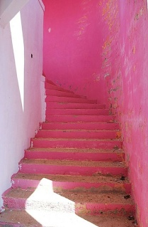 5.pink-stairs