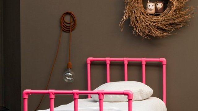 7-pink-bed