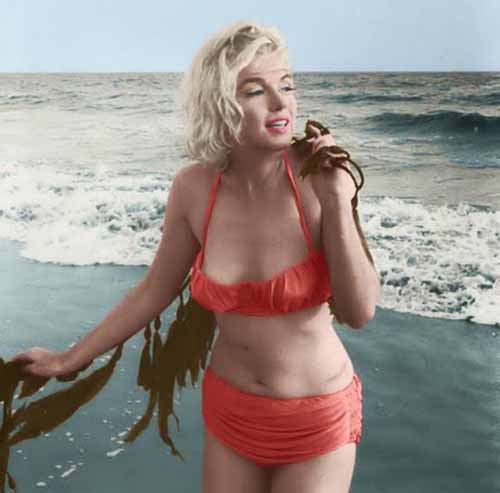 Marilyn Monroe + bikini + red